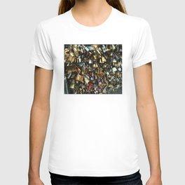 Love Lock Bridge T-shirt