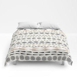Nordic winter pattern Comforters