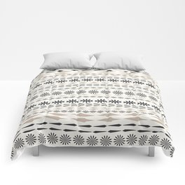 Nordic winter pattern Comforters