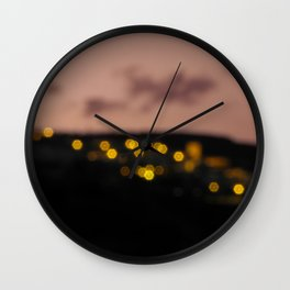Ultimas luces Wall Clock