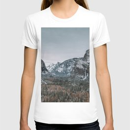 Snow at Yosemite's Tunnel View T-shirt