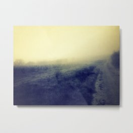 entre la niebla Metal Print