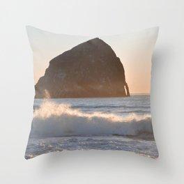 CAPE KIWANDA SUNSET - OREGON Throw Pillow