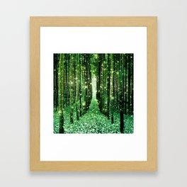 Magical Forest Green Elegance Gerahmter Kunstdruck