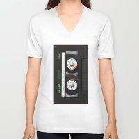 daenerys targaryen V-neck T-shirts featuring cassette classic mix by neutrone