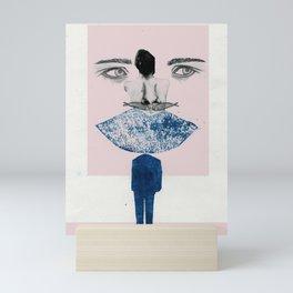 rostro simbólico 1 Mini Art Print