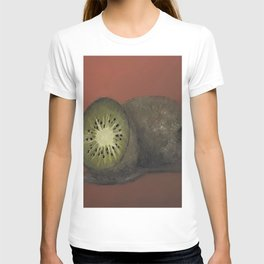Kiwi, oil painting by Luna Smith, LuArt Gallery, fruits T-shirt