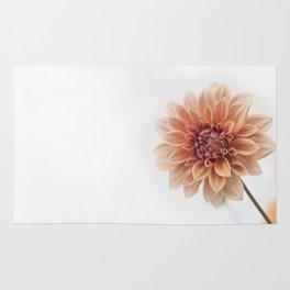 Dahlia Flower Rug
