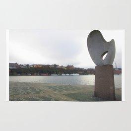 Statue in Stockholm Rug