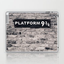 Platform 9 & 3/4 II Laptop & iPad Skin