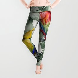 PARROTS IN THE JUNGLE Leggings