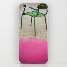 La Chaise iPhone Skin