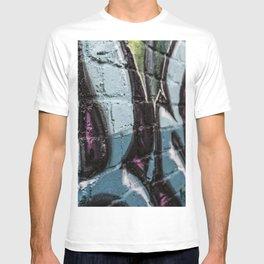BOLD TYPE T-shirt