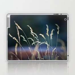 waiting in the weeds Laptop & iPad Skin