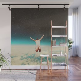 Falling with a hidden smile Wall Mural