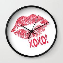 Glitter Kiss Sparkling Lips Sexy Lipstick XOXO Wall Clock