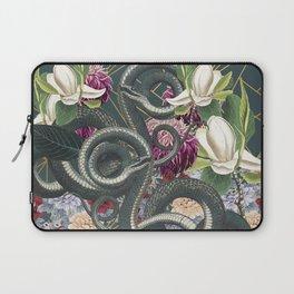Tangled snakes Laptop Sleeve