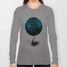 walk in space Long Sleeve T-shirt