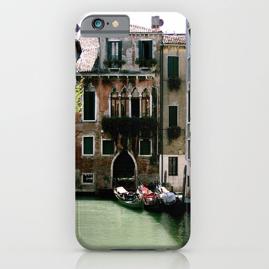 Water Filled Alleyway  iPhone & iPod Case