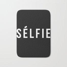 Selfie - version 2 - white Bath Mat