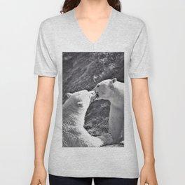 12,000pixel - 500dpi, High Quality Photograph - Lovely Polar Bear Couple - Black and white Unisex V-Neck