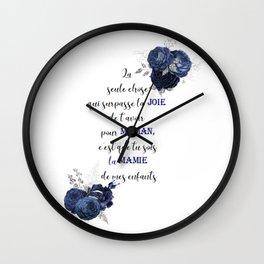 La seule chose qui surpasse la joie Wall Clock