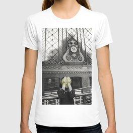 time flees T-shirt