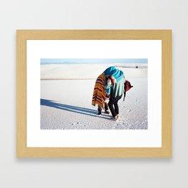 WHITE SANDS. Framed Art Print