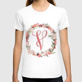 Personal monogram letter 'V' flower wreath T-shirt