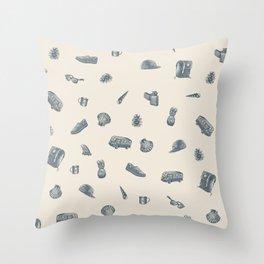 Sur la Plage Throw Pillow