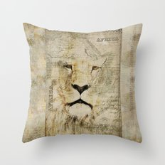Lion Vintage Africa old Map illustration Throw Pillow