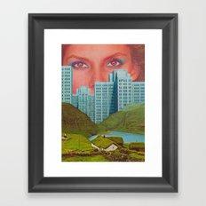 Ojos como el cielo Framed Art Print