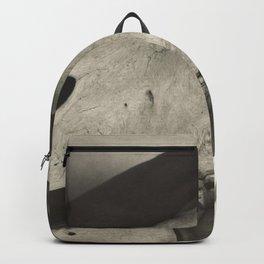 Georgia O'Keeffe - Hands and Horse Skull 1931 Alfred Stieglitz Backpack