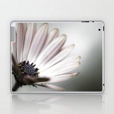 pink daisy. Laptop & iPad Skin