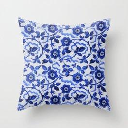 Azulejos blue floral pattern Throw Pillow