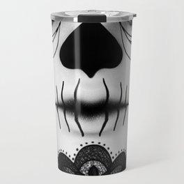 Das Gesicht Travel Mug