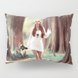 WOMAN - DRESS - WHITE - BOUQUET - FLOWERS - PHOTOGRAPHY Pillow Sham