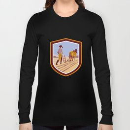 Farmer and Horse Plowing Farm Field Crest Retro Long Sleeve T-shirt