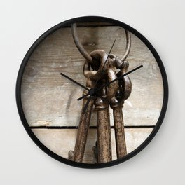 Keychain-close-up Wall Clock