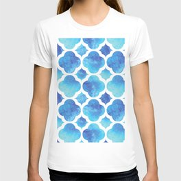 Watercolor Moroccan Quatrefoil Clover Trellis in Turquoise Sea T-shirt