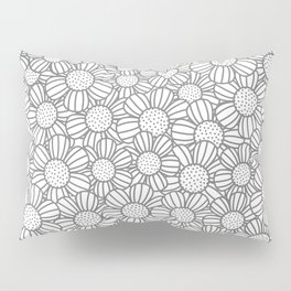 Field of daisies - gray Pillow Sham