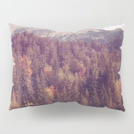Landscape pine tree forest with cabin on lac Pillow Sham