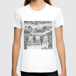 Icelandic foxes T-shirt