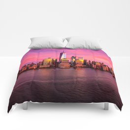 New York City Skyline Sunset on the River Comforters