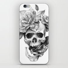 Black and white Skull and Roses iPhone & iPod Skin