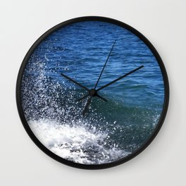 Seafoam and splashes Wall Clock