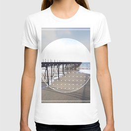 Victorian Pier - circle graphic T-shirt