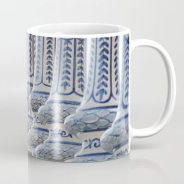 Serpiente Coffee Mug