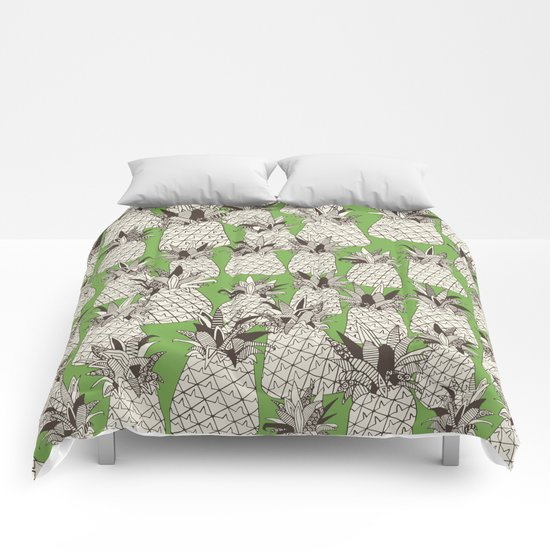 pineapple palm green Comforters