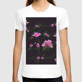 Pink flower clipping T-shirt